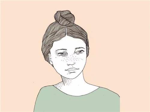 女人长斑怎么办?学会这五种淡化色斑的方法!
